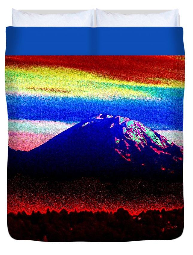 Mount Rainier Duvet Cover featuring the photograph Da Mountain by Tim Allen