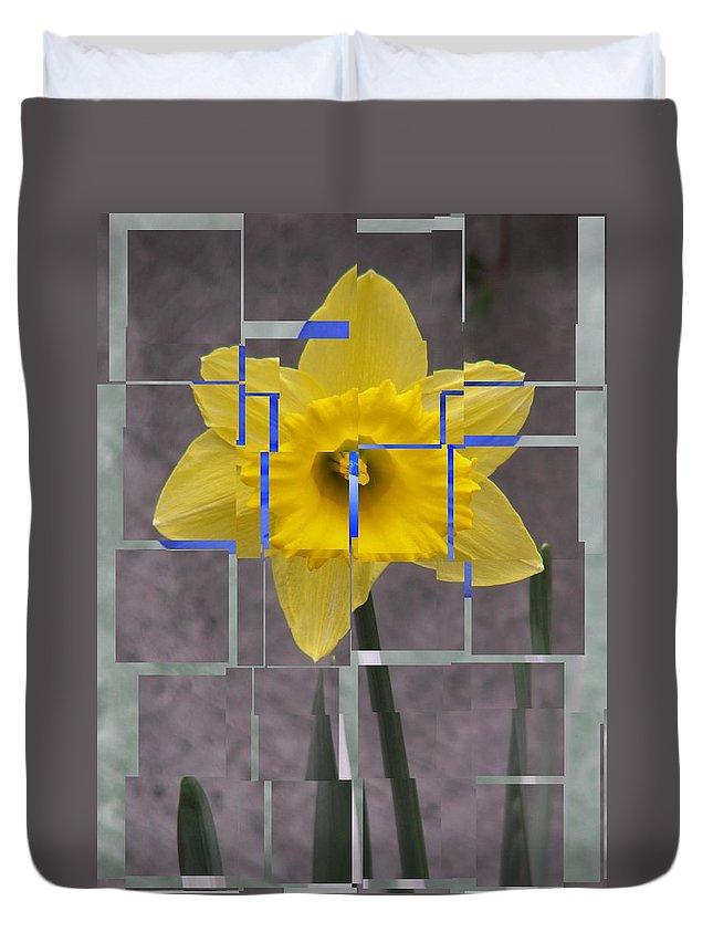 Flower Duvet Cover featuring the digital art Daffodil 1 by Tim Allen
