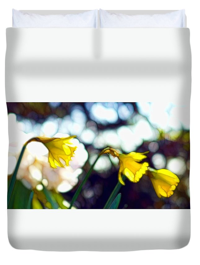 Flower Duvet Cover featuring the photograph Daffys by Cameron Wood