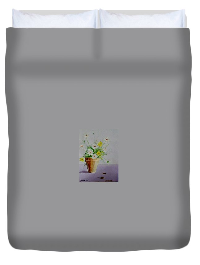 Daisies Duvet Cover featuring the painting Daisies In Pot by Jamie Frier