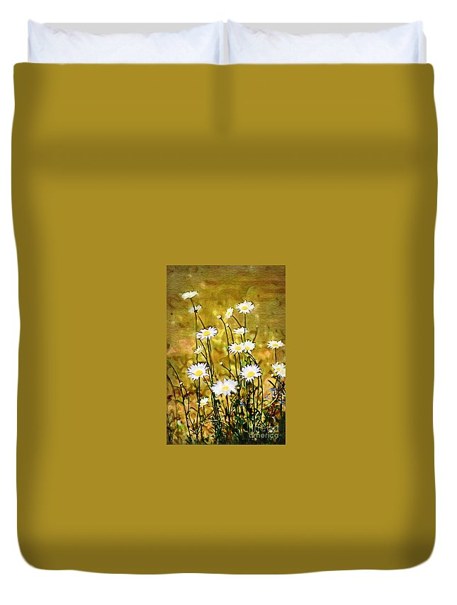 Daisy Duvet Cover featuring the photograph Daisy Field by Donna Bentley