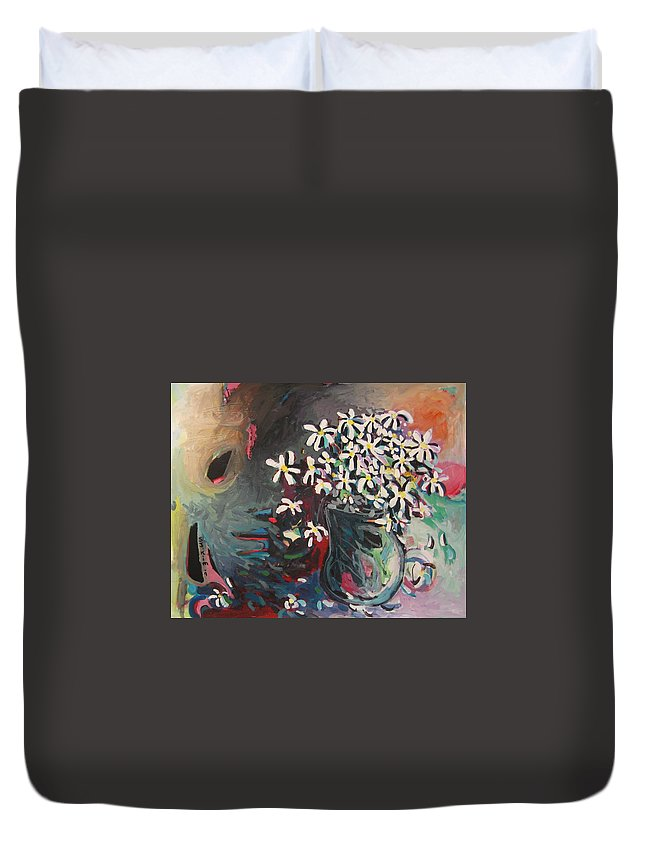 Daisy Paintings Duvet Cover featuring the painting Daisy In Vase by Seon-Jeong Kim
