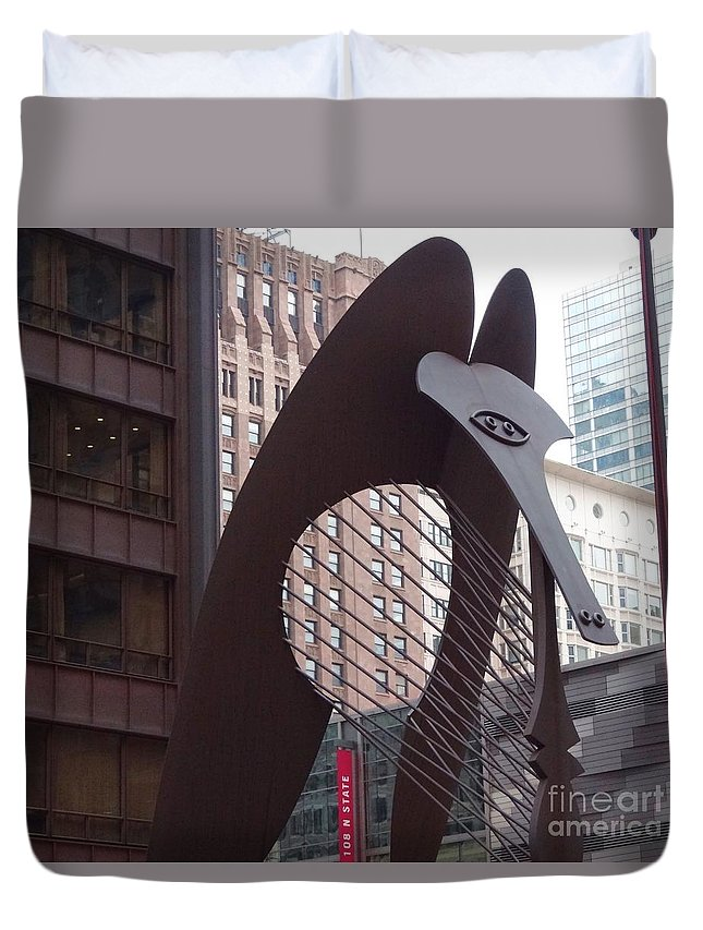 Picasso Duvet Cover featuring the photograph Daley Plaza Picasso by Teresa Hayes
