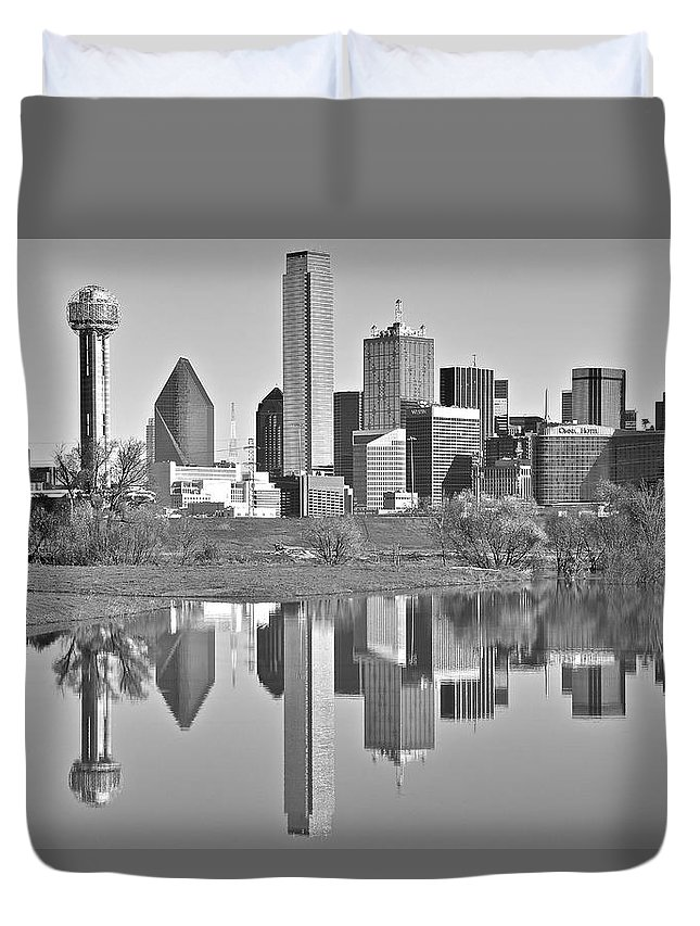 Dallas Duvet Cover featuring the photograph Dallas Monochrome by Skyline Photos of America