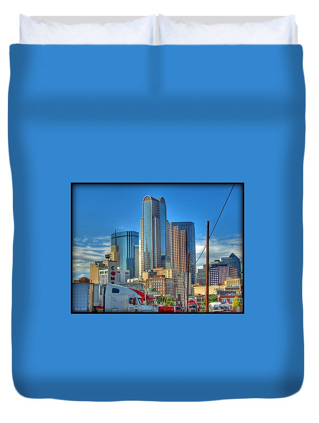 Dallas Duvet Cover featuring the photograph Dallas Morning Skyline by Farol Tomson