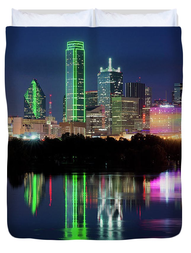 Dallas Skyline Duvet Cover featuring the photograph Dallas Skyline Reflection 91317 by Rospotte Photography