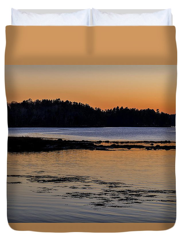 Maine Lobster Boats Duvet Cover featuring the photograph Damariscotta Twilight by Tom Singleton