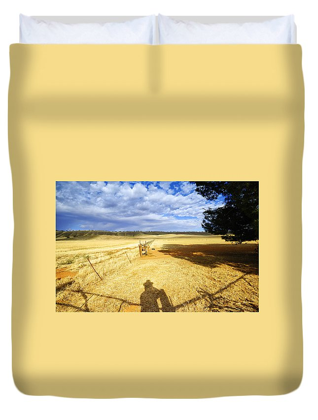Landscape Duvet Cover featuring the photograph Day Dreaming by Wayne Sherriff