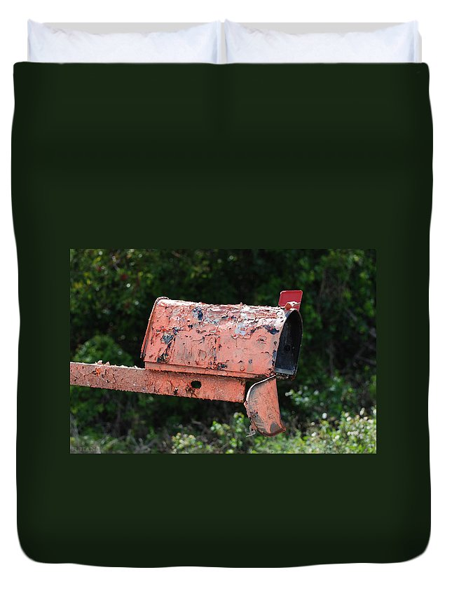 Country Scene Duvet Cover featuring the photograph Death By E Mail by Rob Hans