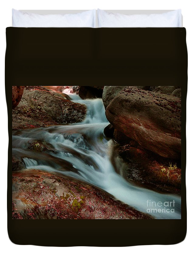 Creek Duvet Cover featuring the photograph Deer Creek 04 by Peter Piatt