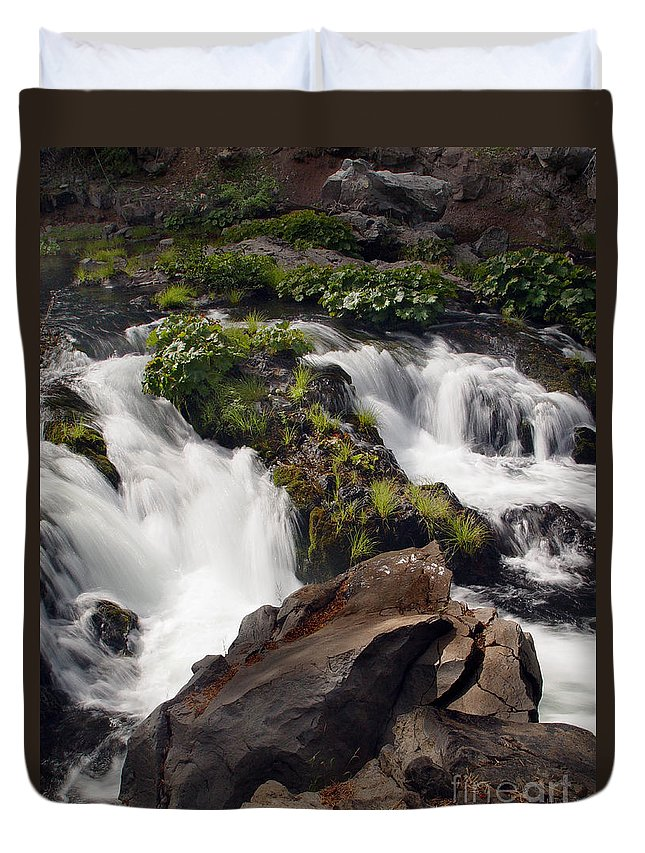 Creek Duvet Cover featuring the photograph Deer Creek 12 by Peter Piatt
