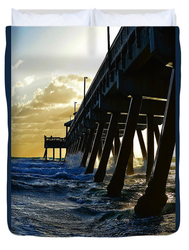 Deerfield Beach Duvet Cover featuring the photograph Deerfield Beach Pier At Sunrise by Paul Cook