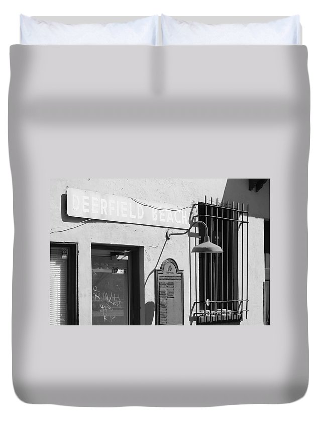 Train Station Duvet Cover featuring the photograph Deerfield Beach Train Station by Rob Hans