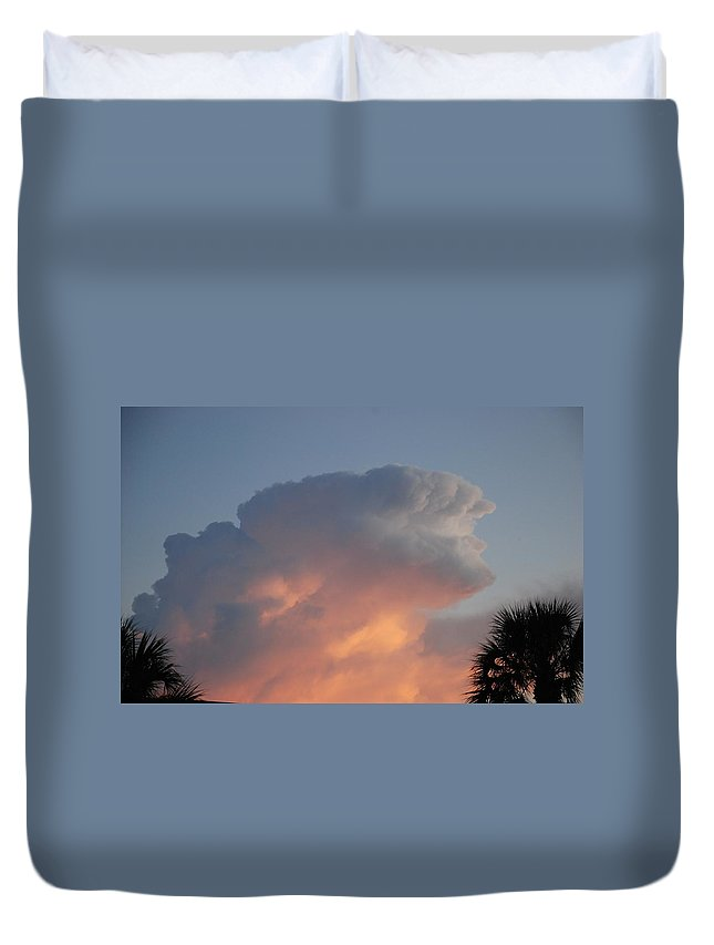 Sunset Duvet Cover featuring the photograph Deerfield Sky by Rob Hans