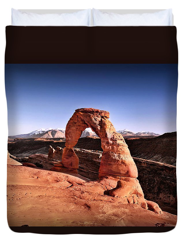 Delicate Arch Duvet Cover featuring the photograph Delicate Arch by Gary Yost