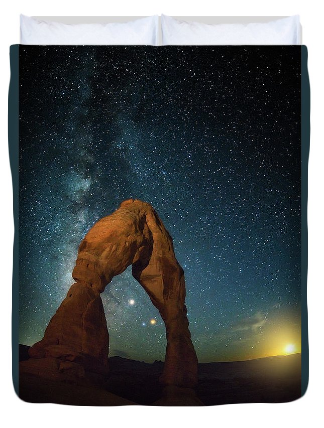 Delicate Arch Duvet Cover featuring the photograph Delicate Arch Moonset by Darren White