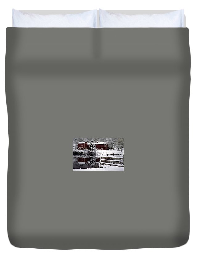 Barn Duvet Cover featuring the photograph Denville Homestead by Laurie Paci