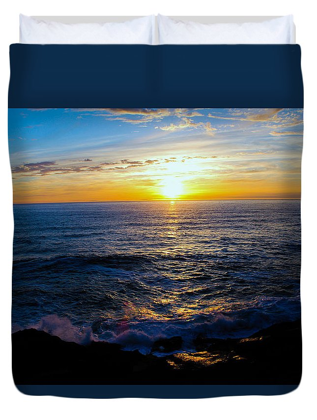Duvet Cover featuring the photograph Depoe Bay Sunset by Kevin Mcenerney