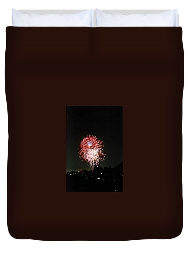 Fireworks Duvet Cover featuring the photograph Desert Fireworks by Cathy Franklin