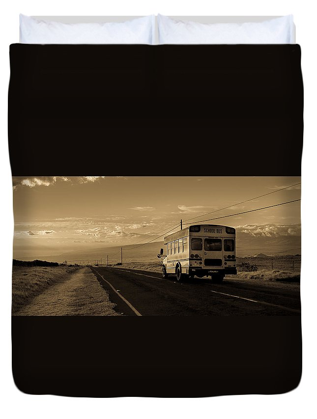 Destination Unknown Duvet Cover featuring the photograph Destination Unknown by Craig Watanabe