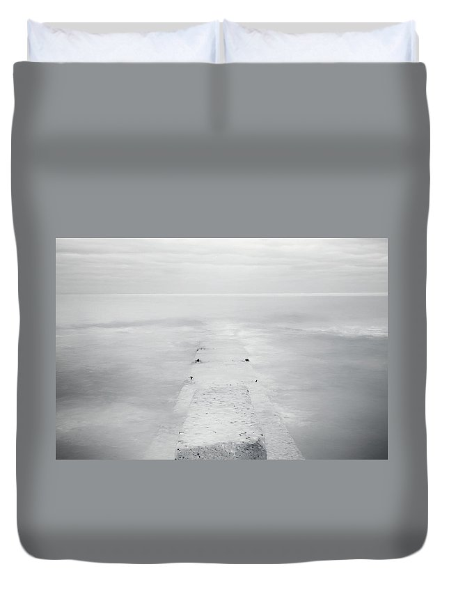 Horizon Duvet Cover featuring the photograph Destitute Of Hope by Scott Norris