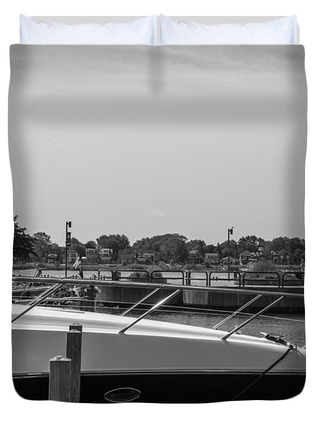 Detroit Riverfront Duvet Cover featuring the photograph Detroit Lighthouse And Boat Black And White by John McGraw