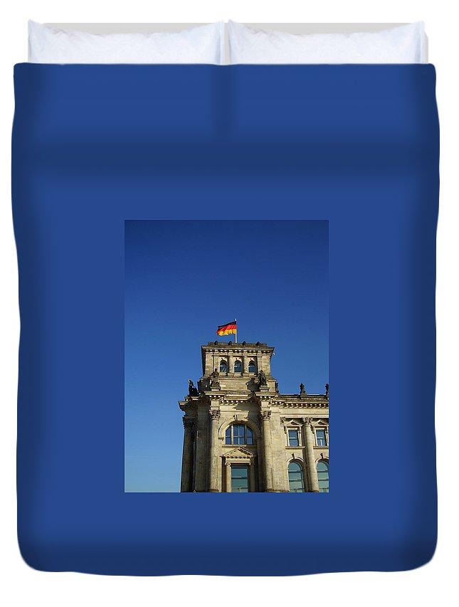 Deutscher Bundestag Duvet Cover featuring the photograph Deutscher Bundestag II by Flavia Westerwelle
