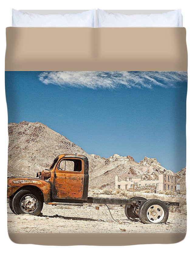 Truck Duvet Cover featuring the photograph Discarded by Christian Hallweger