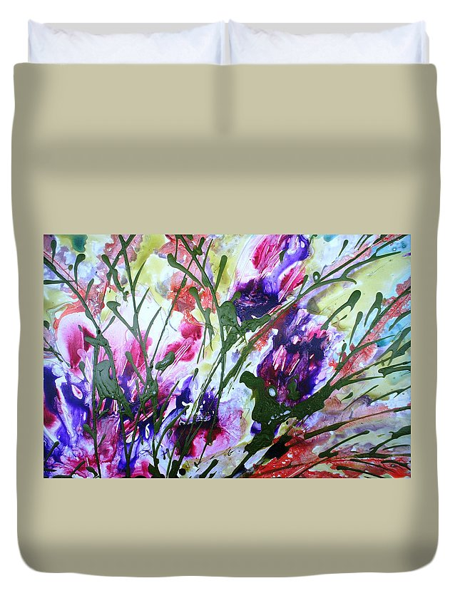 Flowers Duvet Cover featuring the painting Divine Blooms-21176 by Baljit Chadha