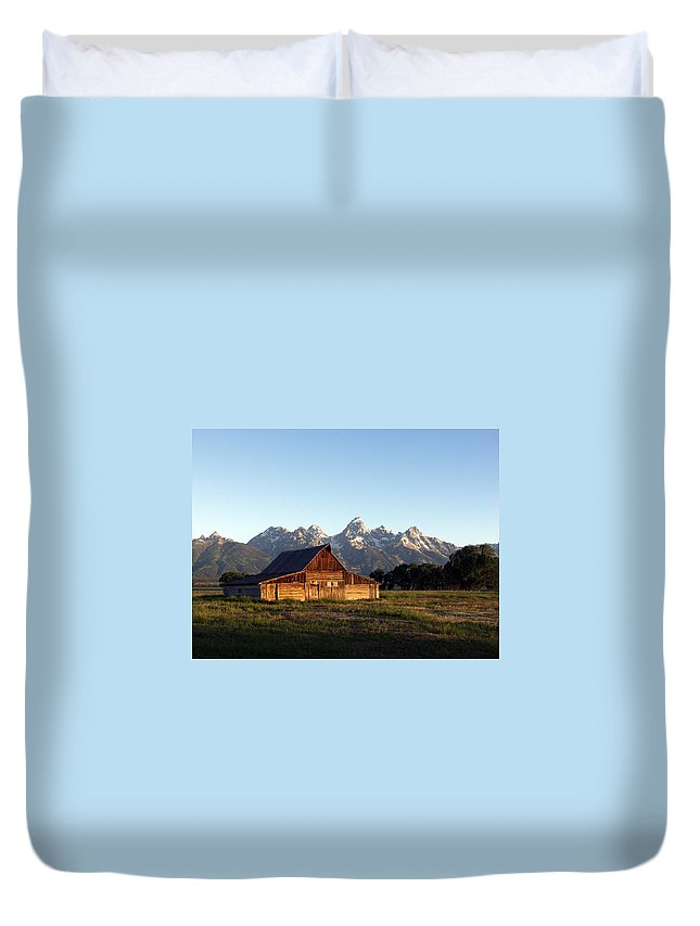 Landscape Yellowstone Grand Tetons Cabin Duvet Cover featuring the photograph Dnrd0104 by Henry Butz