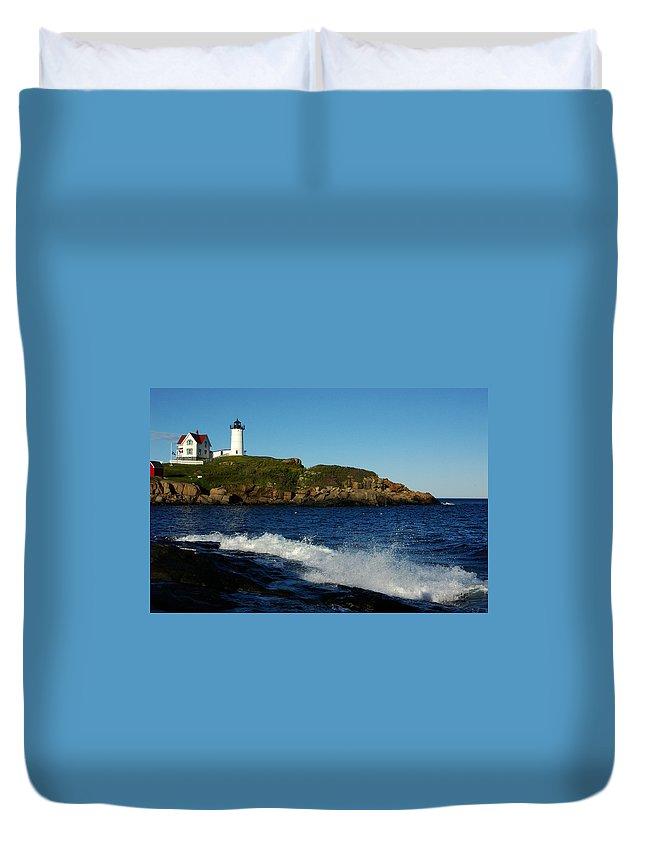 Landscape Lighthouse Nautical New England Cape Neddick Nubble Light Duvet Cover featuring the photograph Dnre0608 by Henry Butz