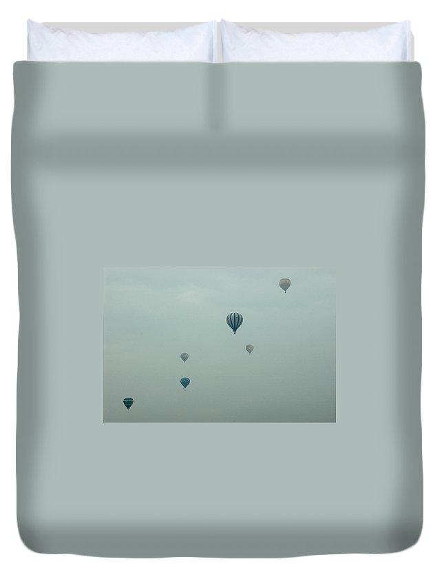 Adirondack Balloon Festival Mist Flight Duvet Cover featuring the photograph Dnrg0908 by Henry Butz