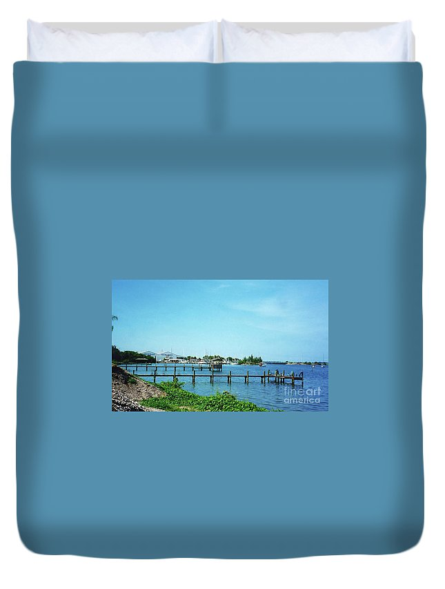 Boat Duvet Cover featuring the photograph Docks On The Intracoastal by D Hackett