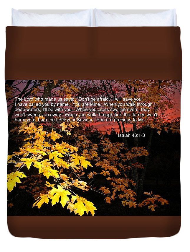 Autumn Duvet Cover featuring the photograph Don't Be Afraid by Susan Lindblom