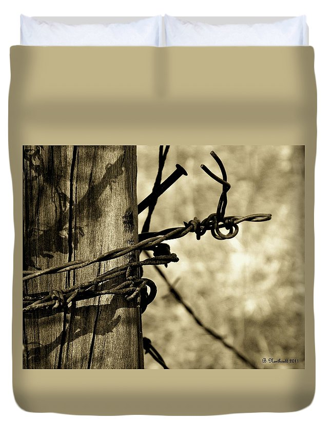 Barbed Duvet Cover featuring the photograph Don't Fence Me In 2 by Betty Northcutt