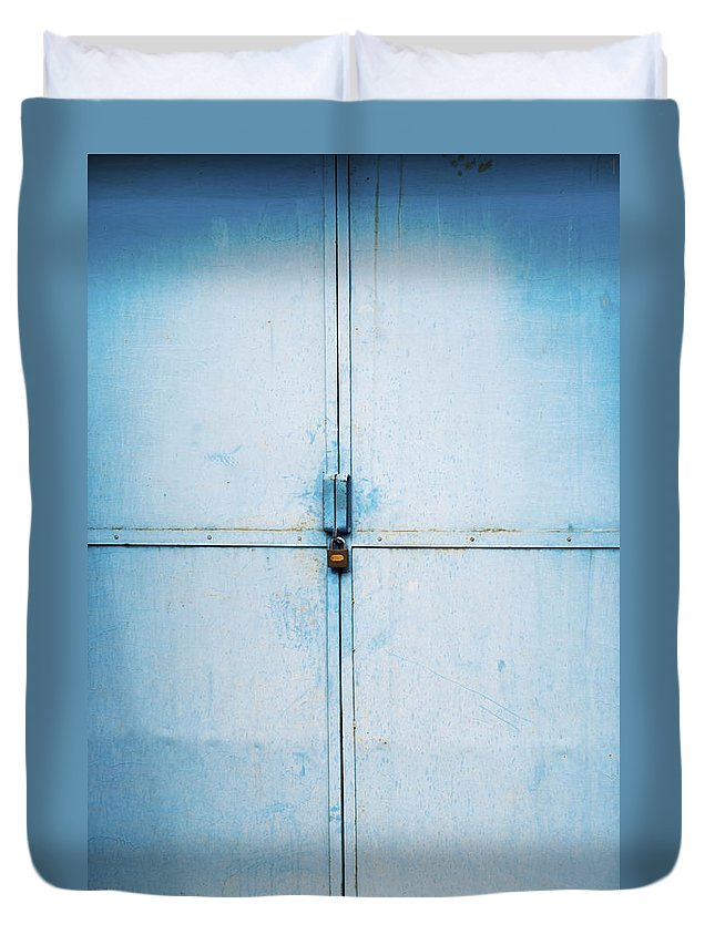 Doorway Duvet Cover featuring the photograph Doorway, Mutainyu, China by Vincent Goetz