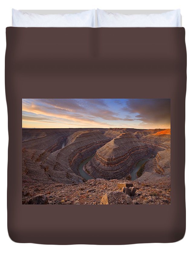 Goosenecks State Park Duvet Cover featuring the photograph Doubleback by Mike Dawson