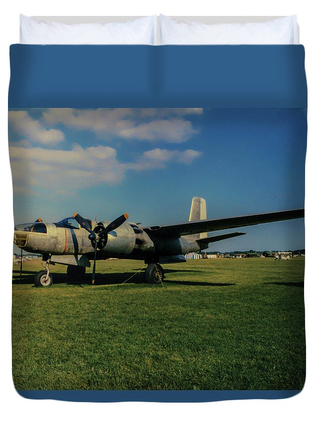 Douglas A-26 Invader Duvet Cover featuring the photograph Douglas A-26 Invader Eaa by Tommy Anderson