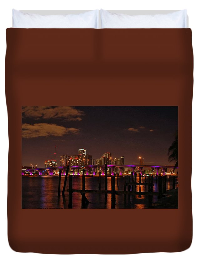 Miami Duvet Cover featuring the photograph Downtown Miami by Jorge Cruz