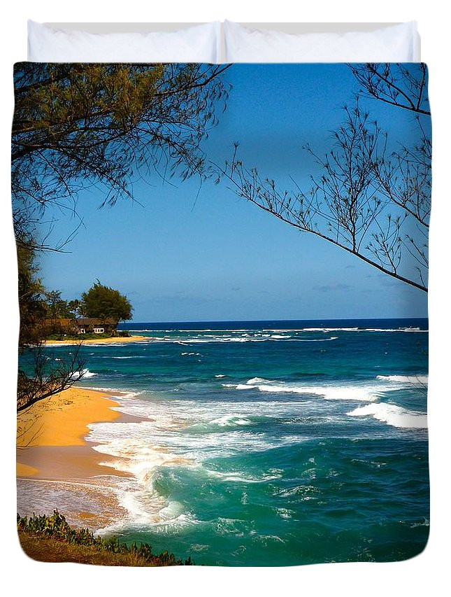 Kauai Duvet Cover featuring the photograph Dream On by Richard L Gordon