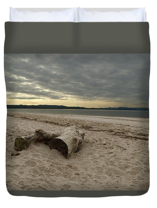 Landscape Duvet Cover featuring the photograph Driftwood On West Sands by Adrian Wale