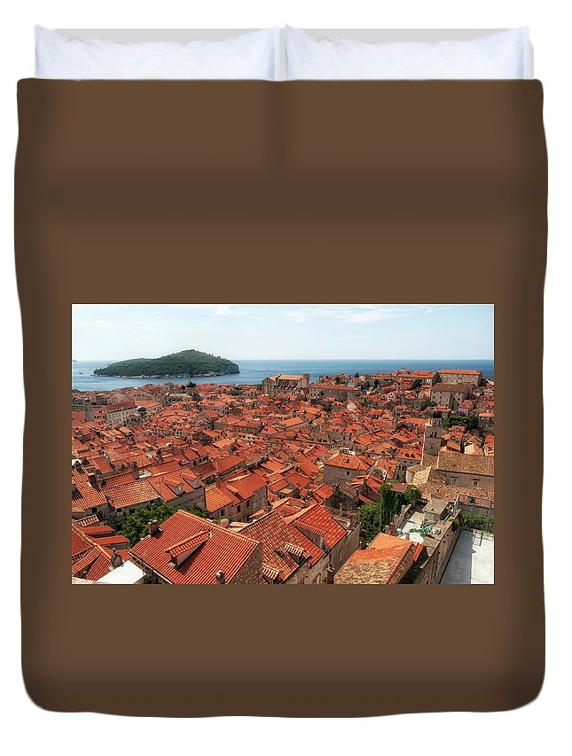 Dubrovnik Duvet Cover featuring the photograph Dubrovnik Old Town by Leighton Collins