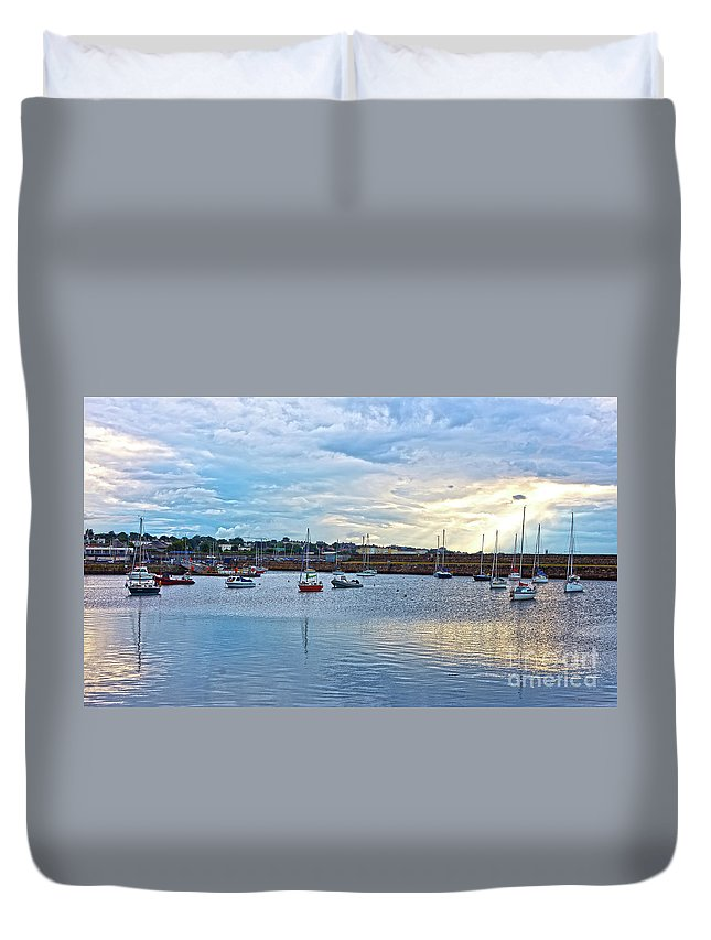 Dun Laoghaire Duvet Cover featuring the photograph Dun Laoghaire 12 by Alex Art and Photo