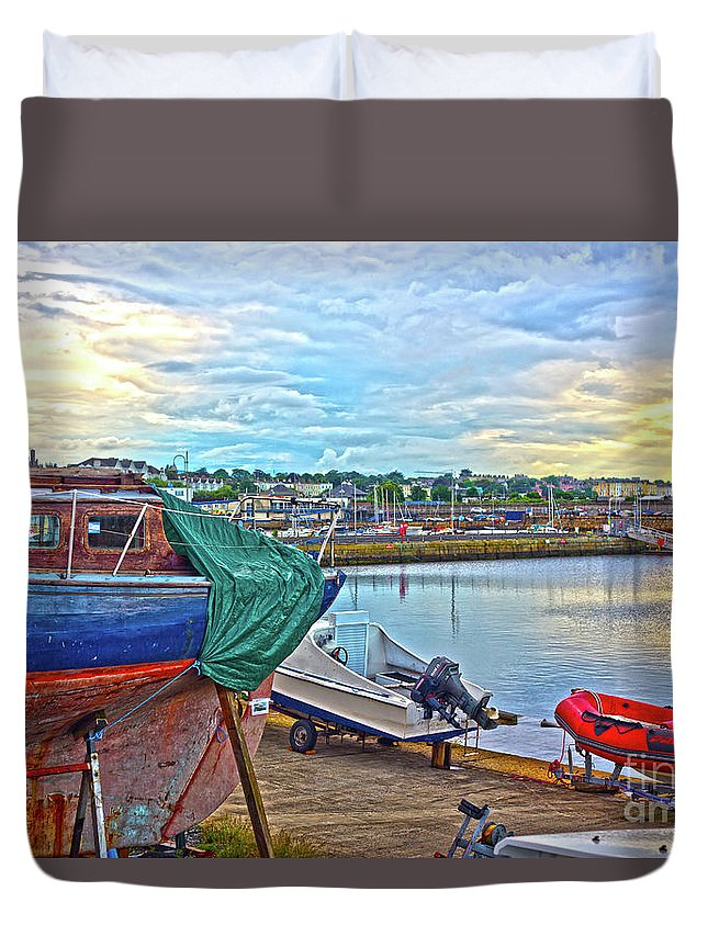 Dun Laoghaire Duvet Cover featuring the photograph Dun Laoghaire 14 by Alex Art and Photo