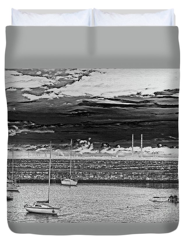 Dun Laoghaire Duvet Cover featuring the photograph Dun Laoghaire 23 by Alex Art and Photo