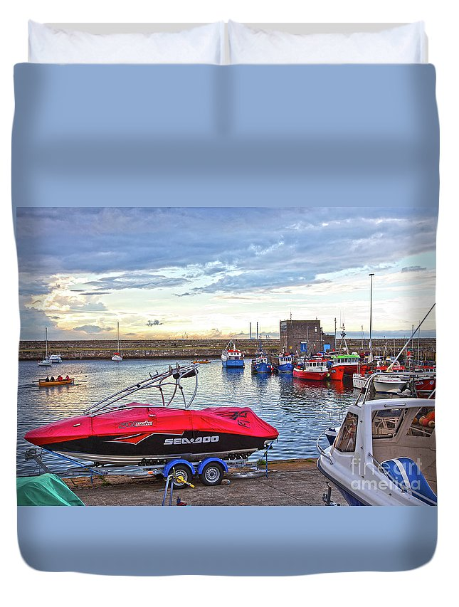 Dun Laoghaire Duvet Cover featuring the photograph Dun Laoghaire 26 by Alex Art and Photo