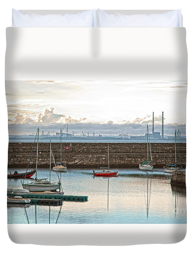 Dun Laoghaire Duvet Cover featuring the photograph Dun Laoghaire 5 by Alex Art and Photo