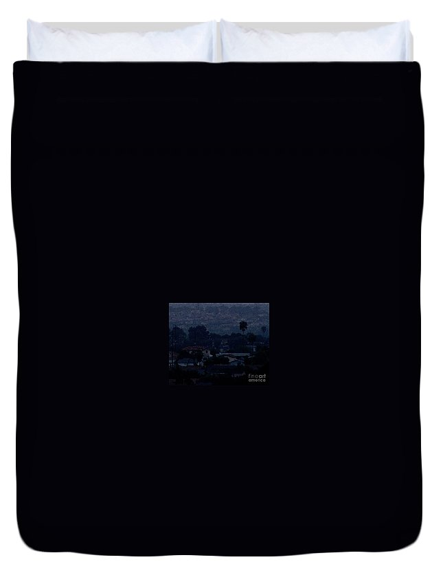 California Duvet Cover featuring the photograph Dusk by Linda Shafer
