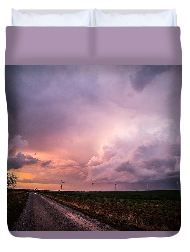 Supercell Duvet Cover featuring the photograph Dying Supercell by Jessica Moore