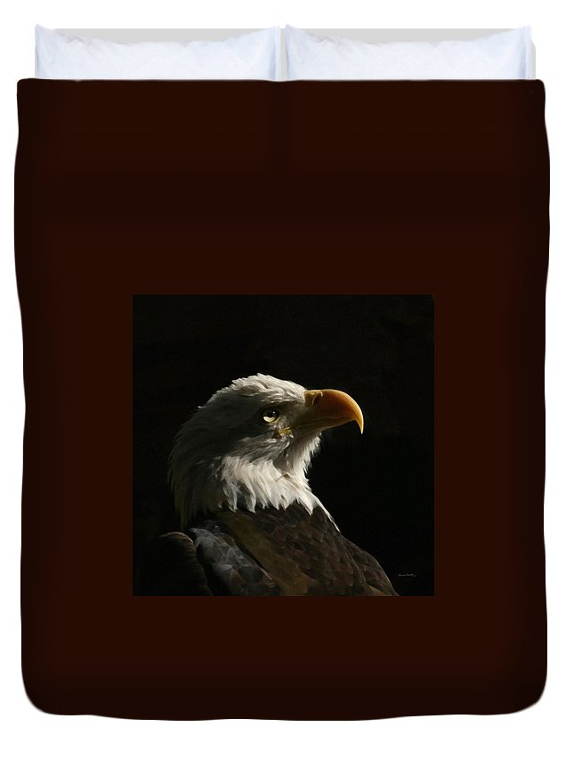 Animal Duvet Cover featuring the photograph Eagle Profile 4 by Ernie Echols